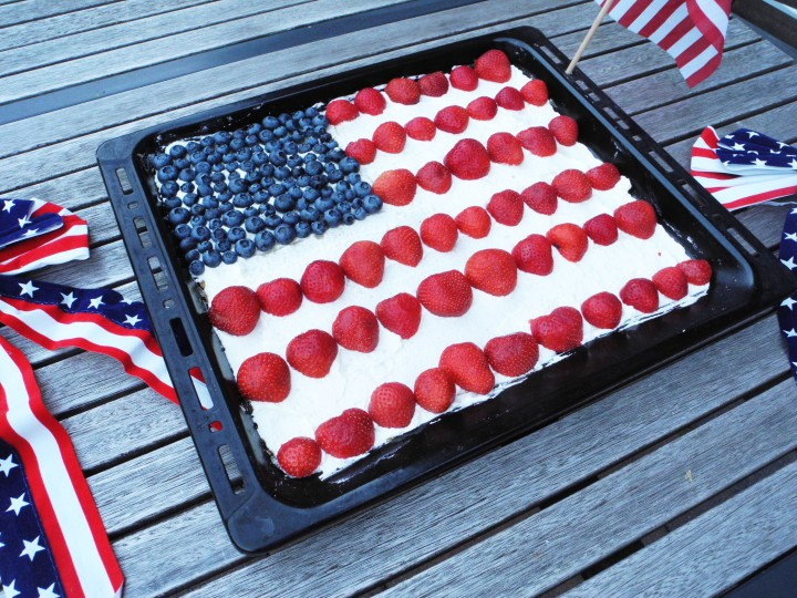 Vegan 4th July Cake