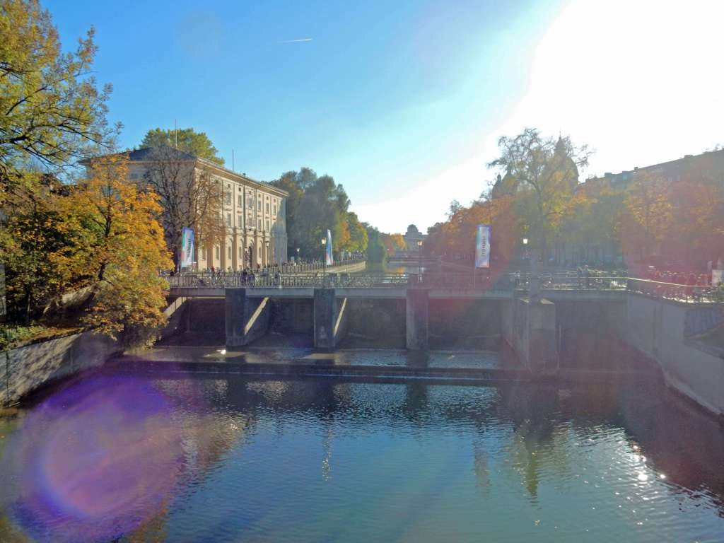 Muenchen_colorful_autumn