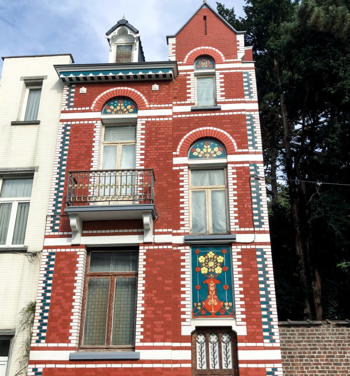 Brussels_red_house