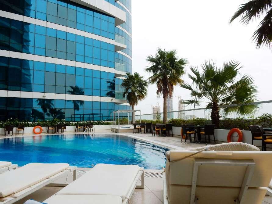 Dubai Novotel Pool