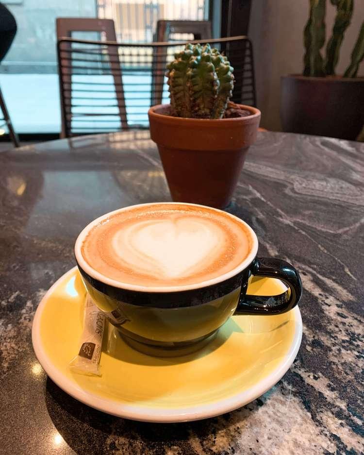cappuccino-black-remedy-barcelona