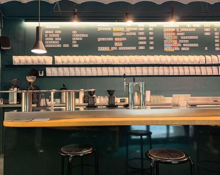nomad-coffee-barcelona-bar
