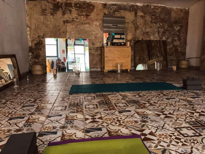 yoga-studio-barri-gotic